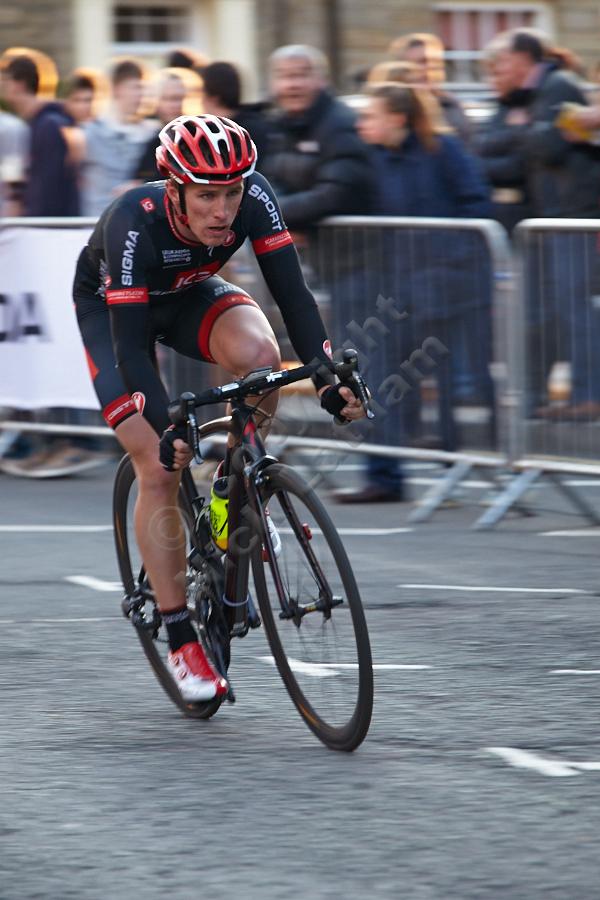 Rider descending Crossgate in Durham